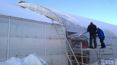 Kasvuhoone rekonstrueerimine, ( remonttööd, kilevahetused)